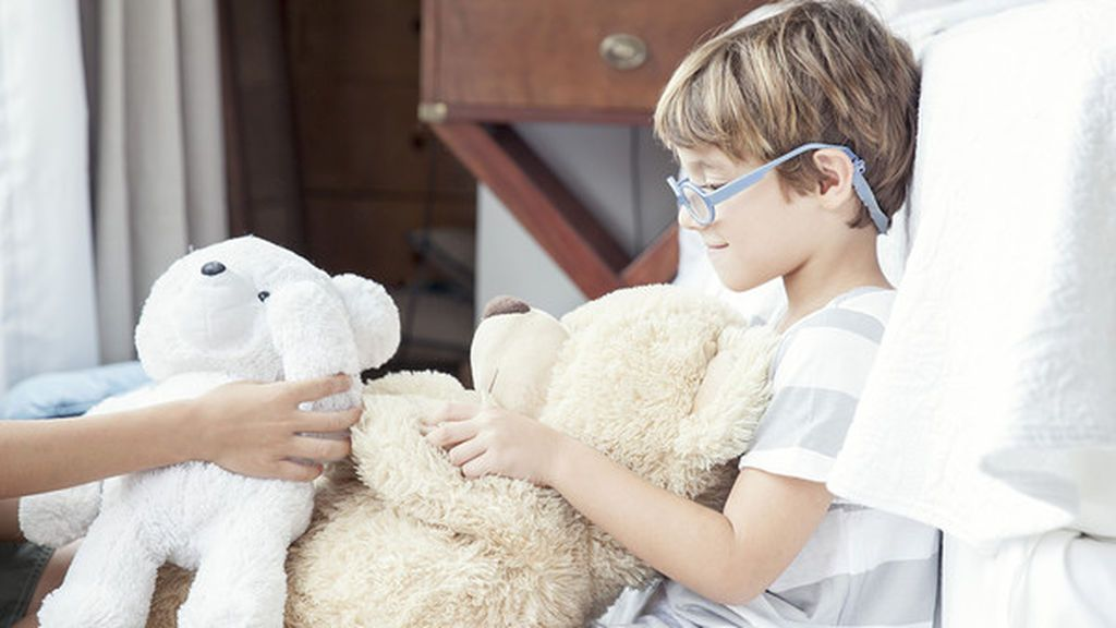 Un niño de 11 años muestra lo fácil que es hackear un móvil con un 'juguete inteligente'