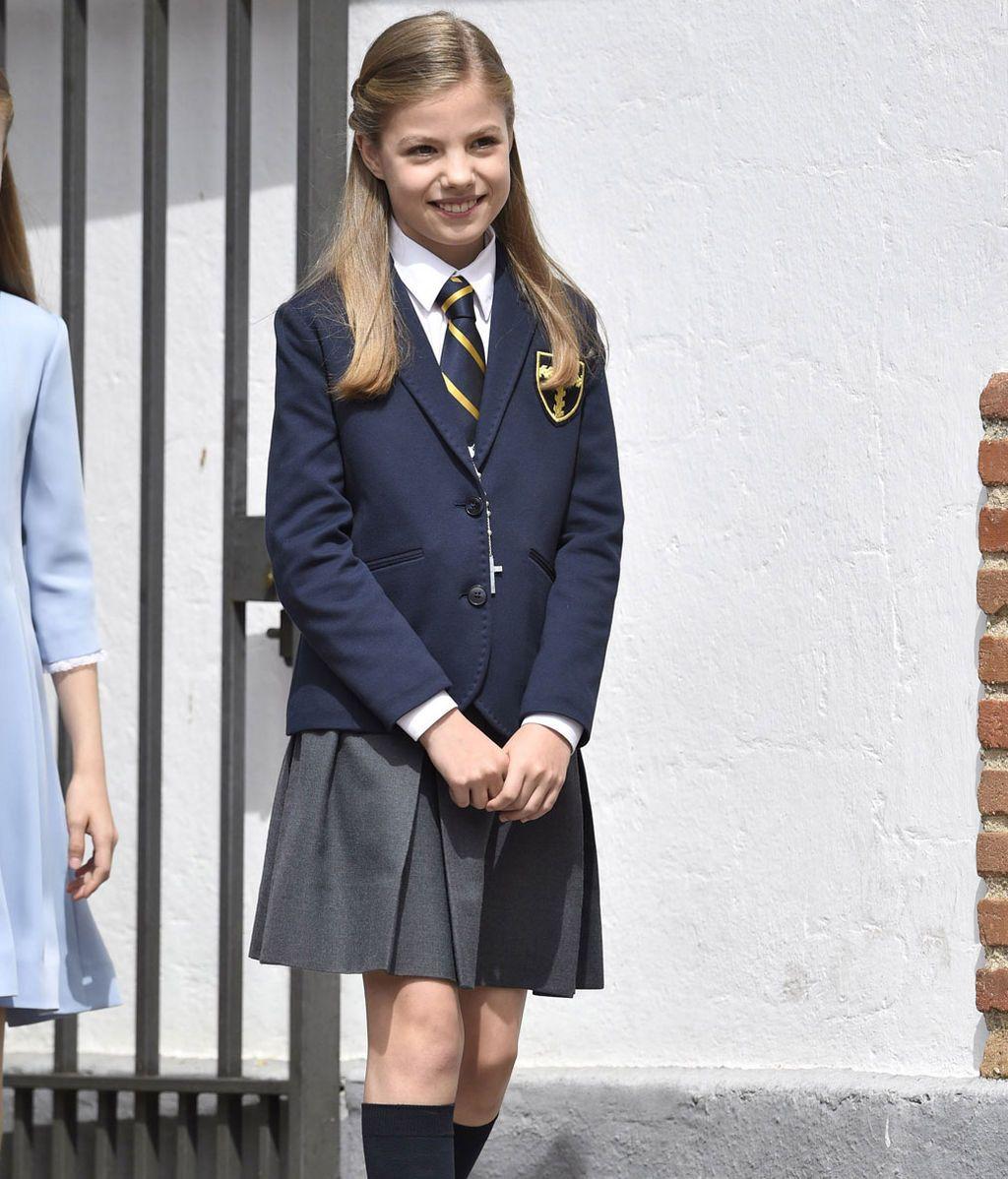 La Infanta ha vestido el uniforme de gala del colegio