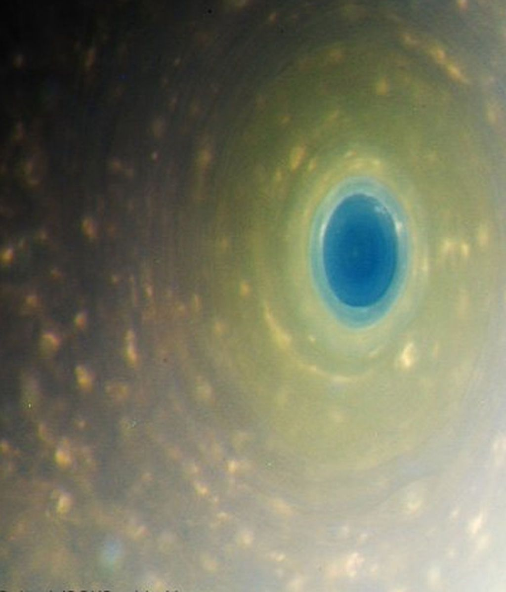 El color real de Saturno, al descubierto
