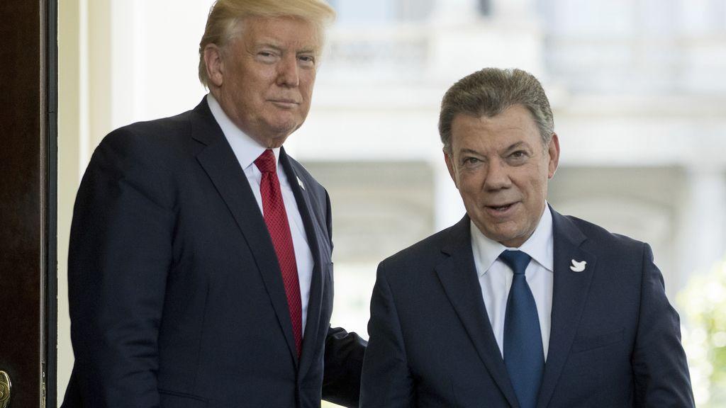Donald Trump se reúne con el presidente de Colombia Juan Manuel Santos