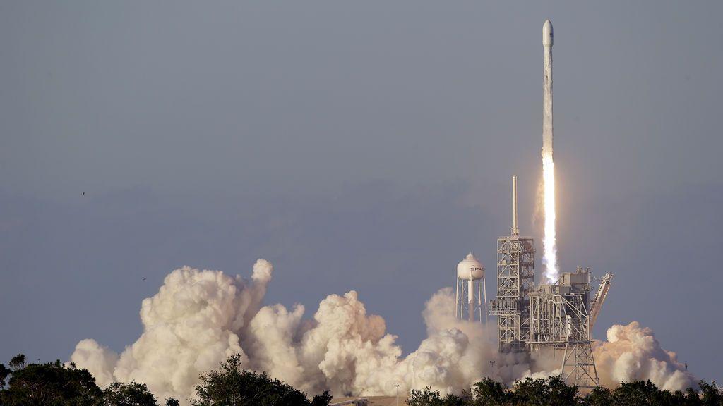 Una empresa podrá mandar los restos de tus seres queridos al espacio