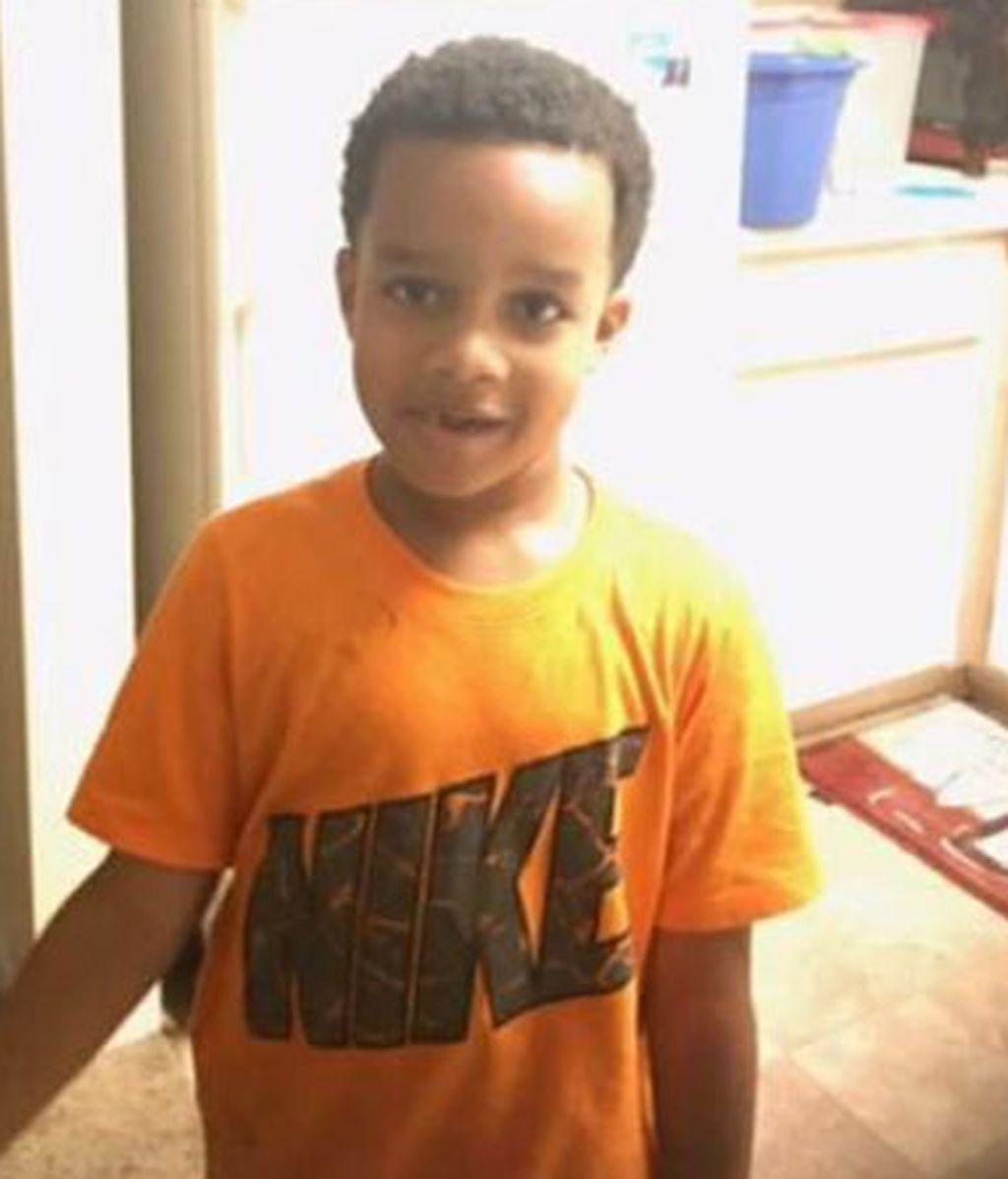 Roban un coche y asesinan al niño de 6 años que iba en el asiento trasero