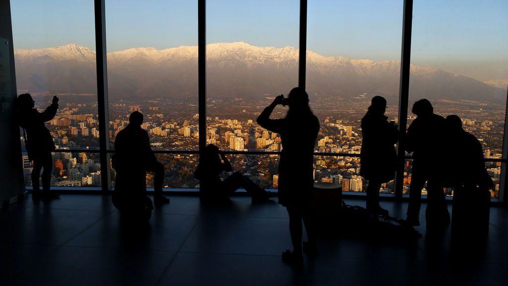 Vistas de Santiago de Chile desde un centro comercial