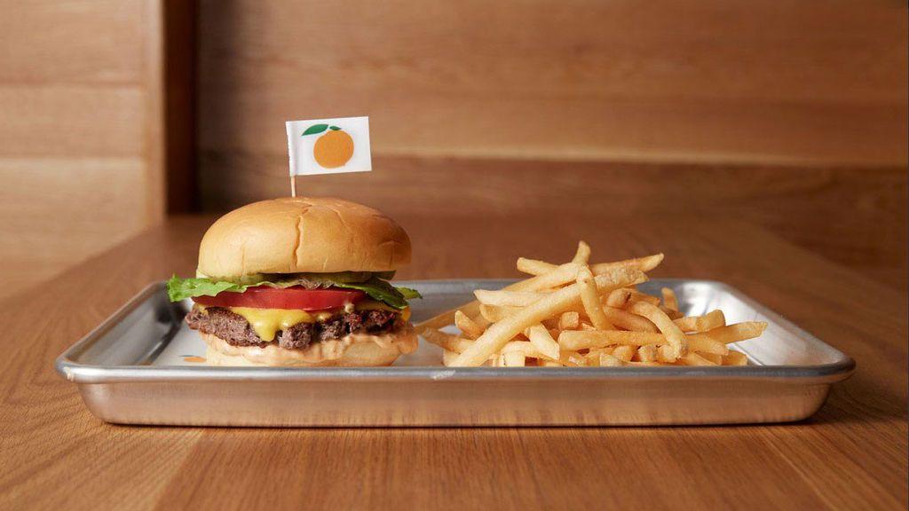 La hamburguesa vegetariana más realista del mundo es tan parecida a la carne que incluso sangra
