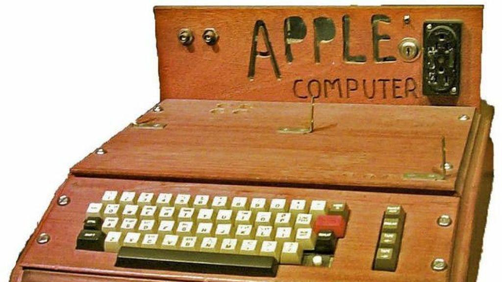 Una unidad Apple I, el primer ordenador personal, subastada en Alemania por 110.000 euros