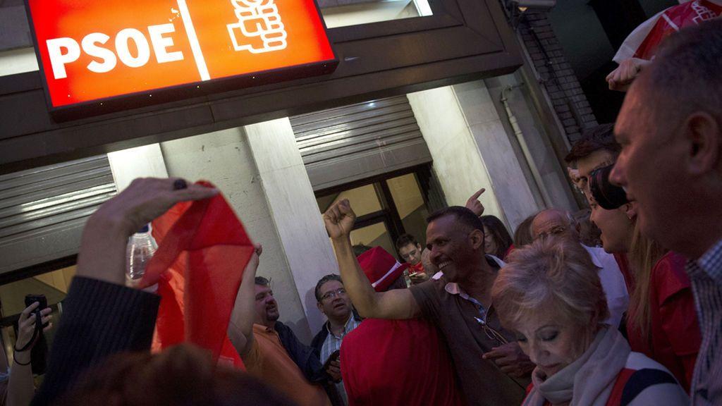 Primarias del PSOE: Las reacciones a la victoria de Pedro Sánchez