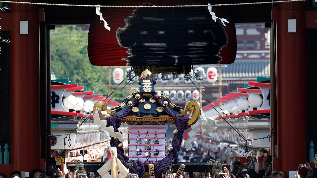 Festival de Sanja en Asakusa, Tokio