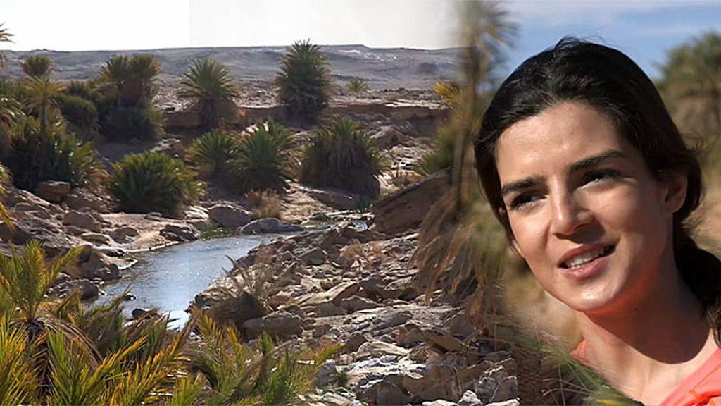 """Jesús Calleja y Clara Lago encuentran un oasis en mitad del desierto: """"¡Es un p*** río!"""""""