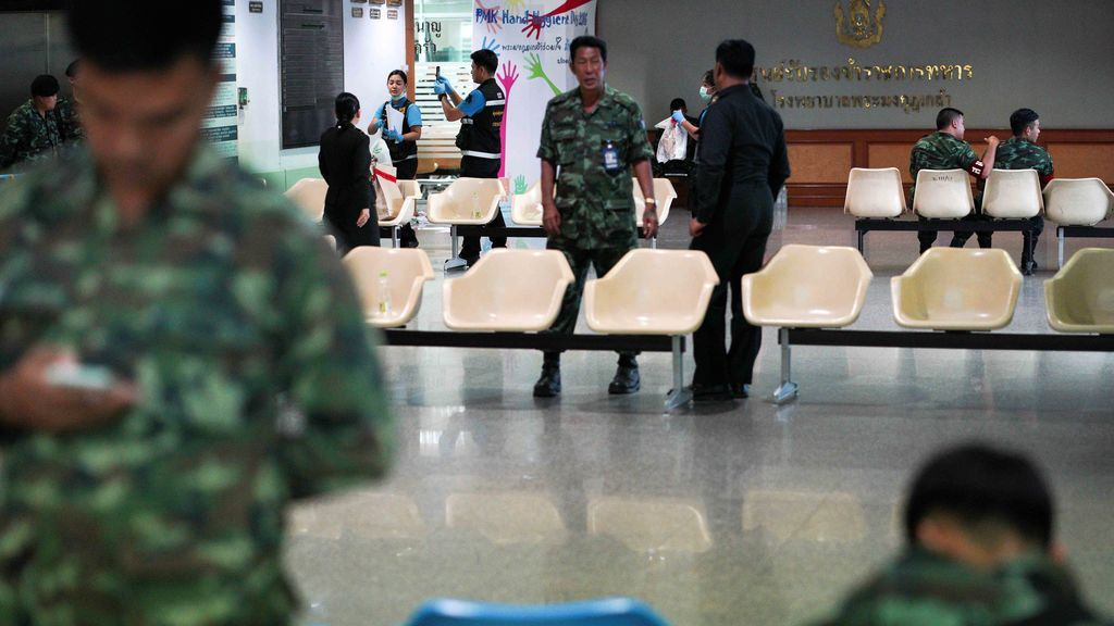 24 heridos por la explosión de una bomba en un hospital militar de Bangkok
