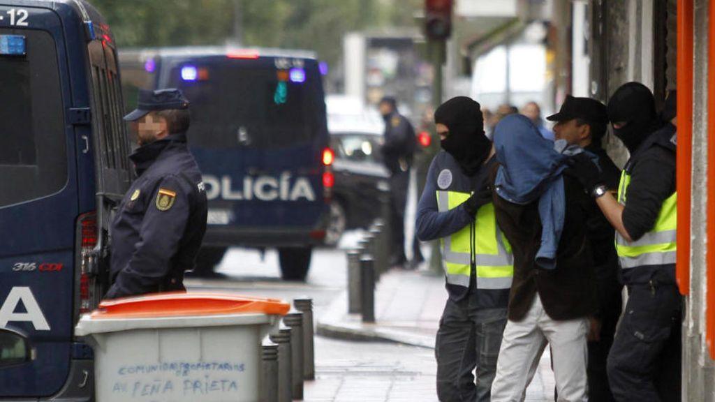 Dos yihadistas vinculados al Daesh detenidos en Madrid