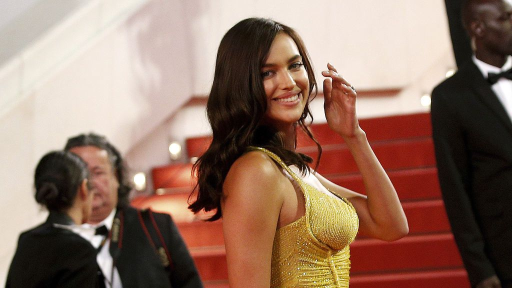 Irina Shayk reaparece espectacular en Cannes tras dar a luz a su primera hija
