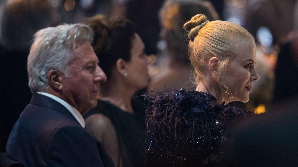DiCaprio y Beckham compartiendo mesa, y Uma Thurman cantando al unísono con Will Smith: el resumen de la gala AmfAR en Cannes