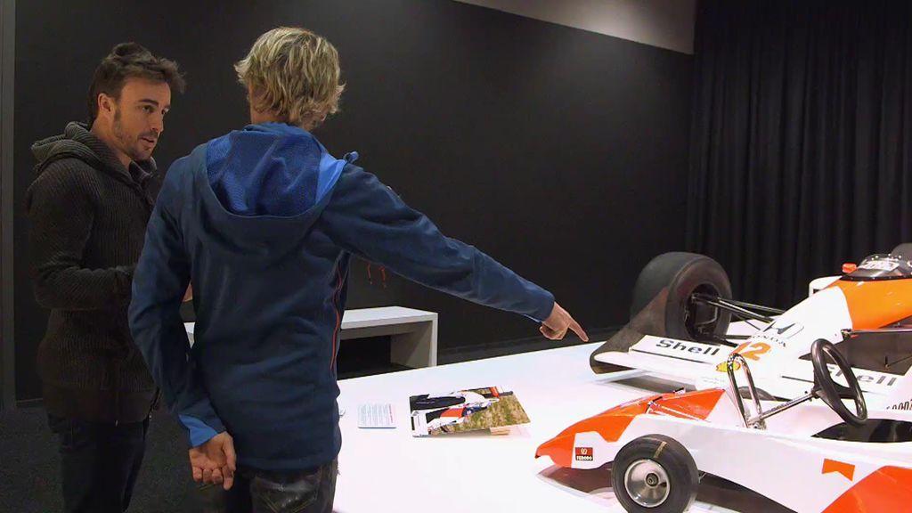 Fernando Alonso nos enseña su objeto personal más preciado y emotivo