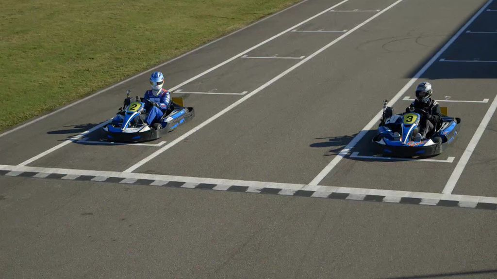 Carrera de karts: Alonso contra Calleja, ¿quién ganará la carrera al volante?