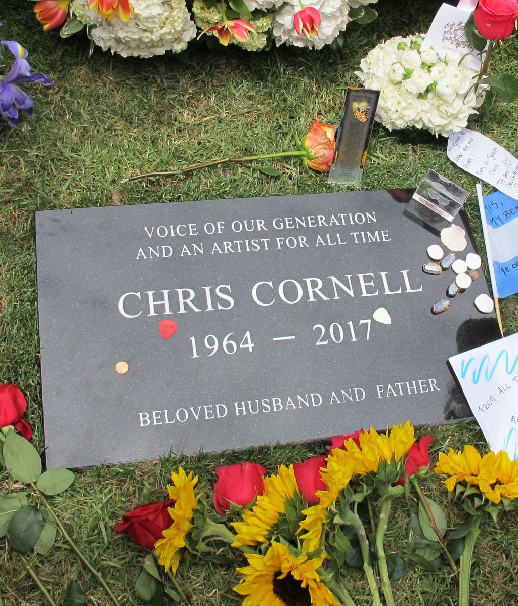 El funeral de Chris Cornell reunió a multitud de estrella del cine y de a música