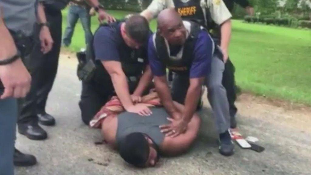 Un hombre mata a tiros por celos a ocho personas en Mississippi