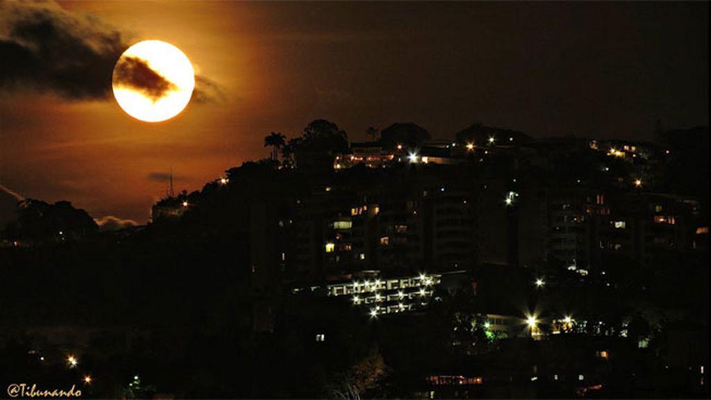 México, Venezuela, España... todo el planeta mirando al cielo