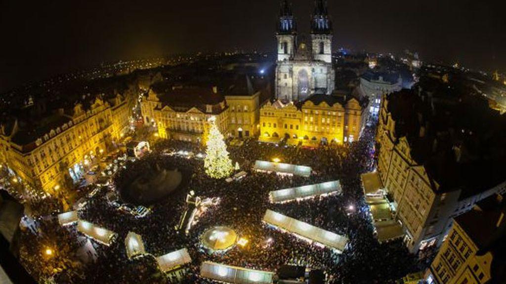 Plaza de la Ciudad Vieja en Praga (República Checa)