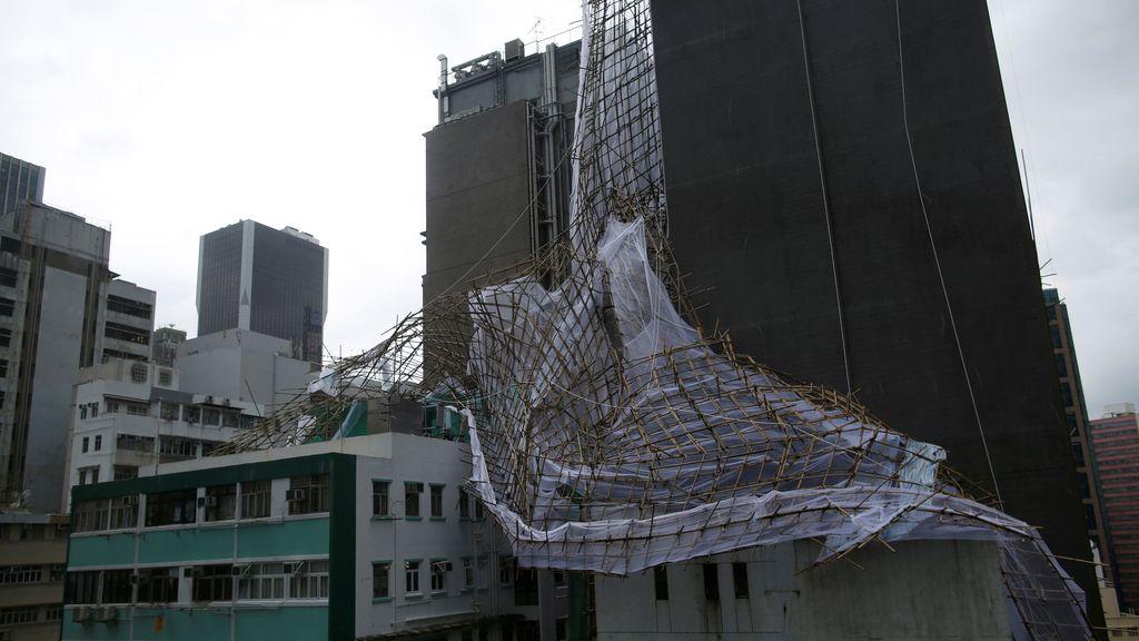 Según meteorólogos, se trata del tifón más potente de los últimos 30 años
