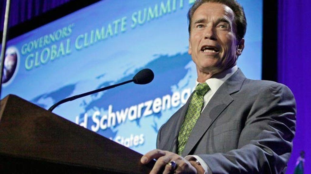 Arnold Schwarzenegger a favor de las energías renovables