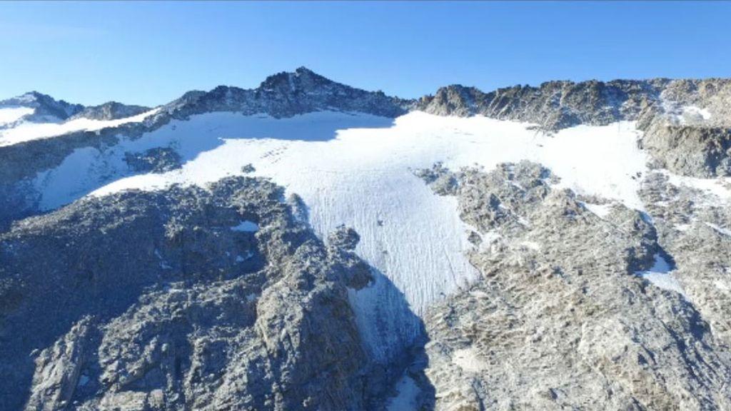 En España aún quedan glaciares (por poco): La Madaleta es la mitad que hace 25 años
