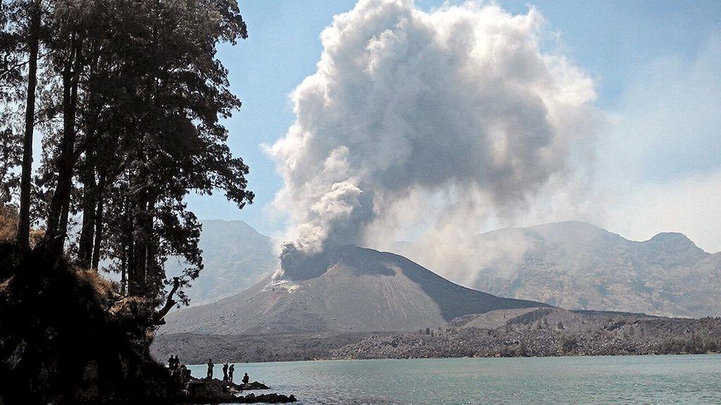 Septiembre, octubre y noviembre, gran período volcánico (Volcán Rinjani, Indonesia)