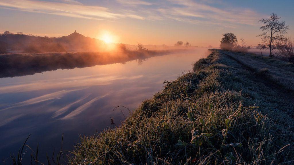El descenso místico del río Azul, en Glastonbury (Somerset, Reino Unido)
