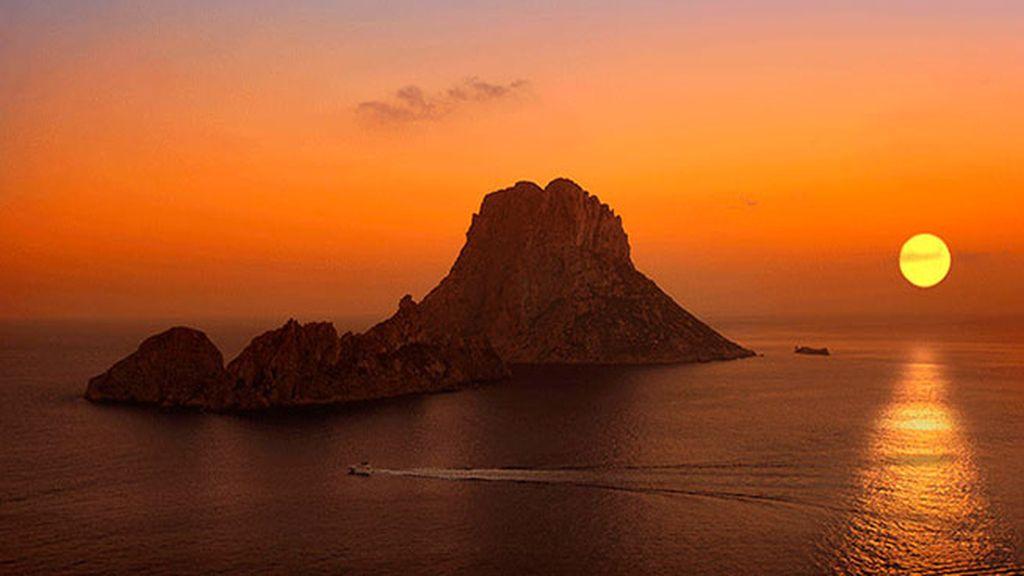 El misterio de Es Vedrá desde Cala d'Hort (Ibiza)
