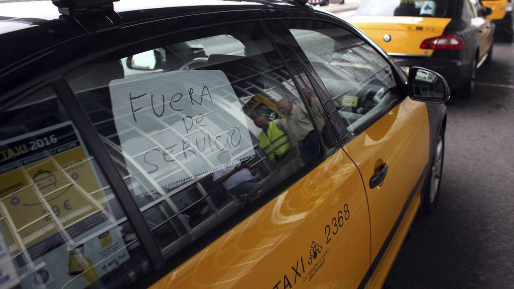 Los taxistas contra Uber y Cabify