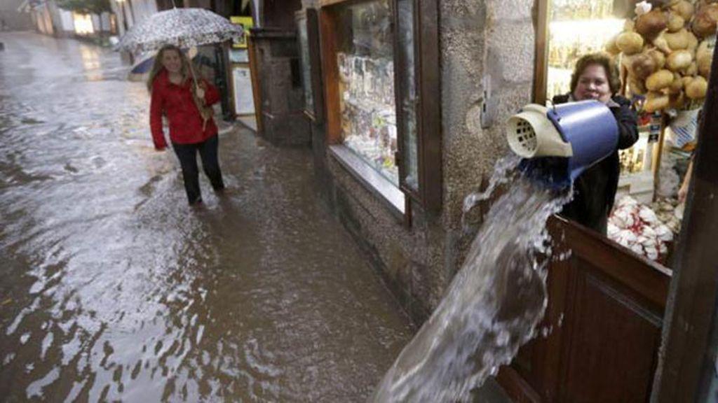 El centro de Santiago de Compostela, inundado