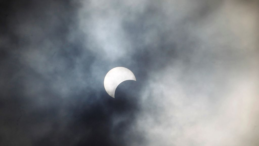 Eclipse REUTERS