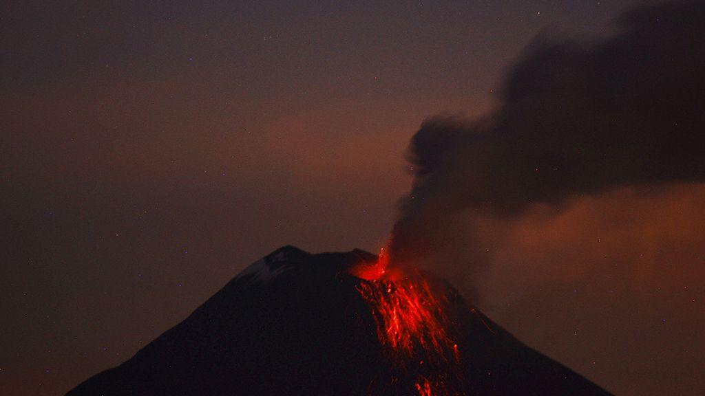 Septiembre, octubre y noviembre, gran período volcánico (Volcán Tungurahua, Ecuador)