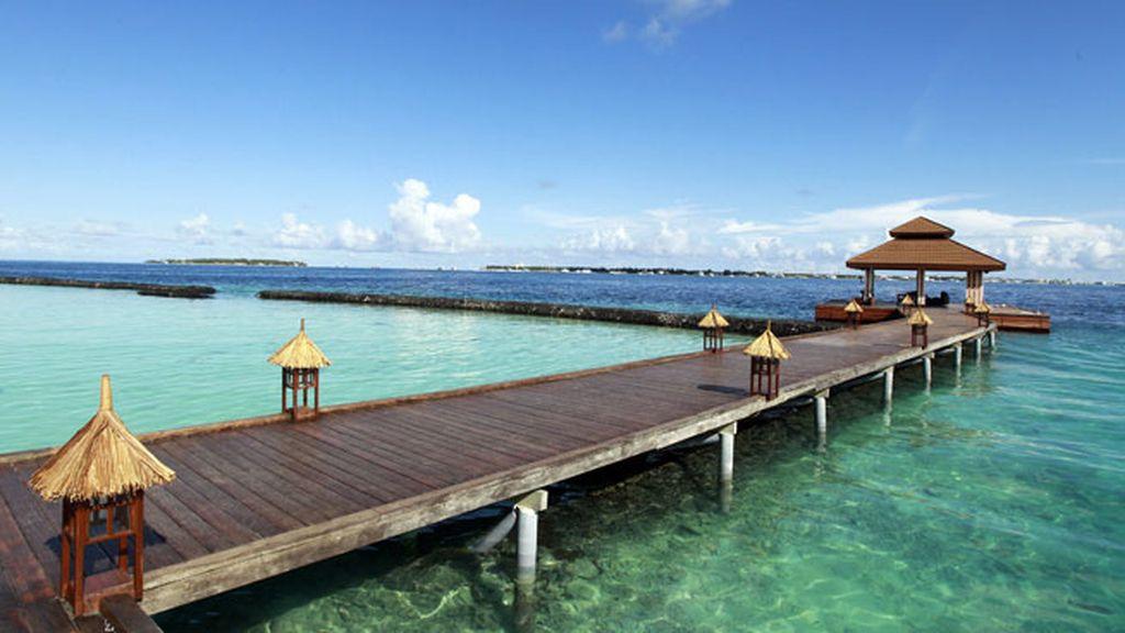 La subida de la marea en las Islas Efímeras de las Maldivas