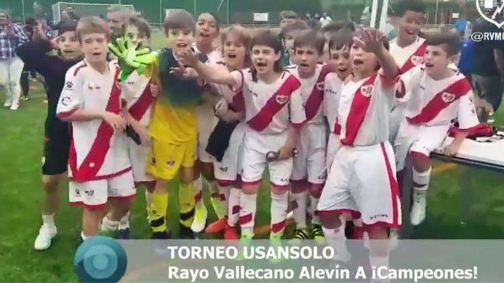 ¡El gesto al Rayo que emociona en Vallecas! Sus niños ganan la Copa y sus rivales se unen a su fiesta