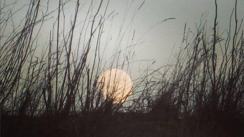 @Pgnoli ha capturado la luna de Encinasola (Huelva)