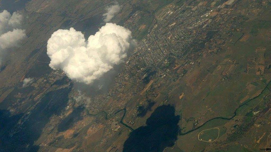El amor está en el aire... literalmente