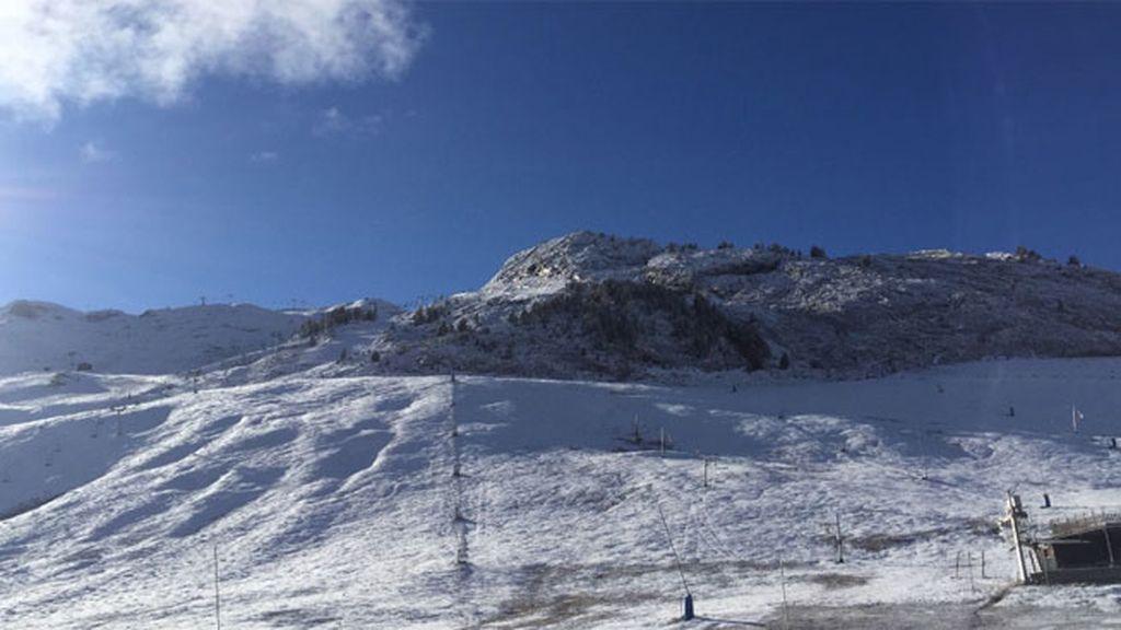 Las pistas de Candanchú en el Pirineo aragonés (@infocandanchu)