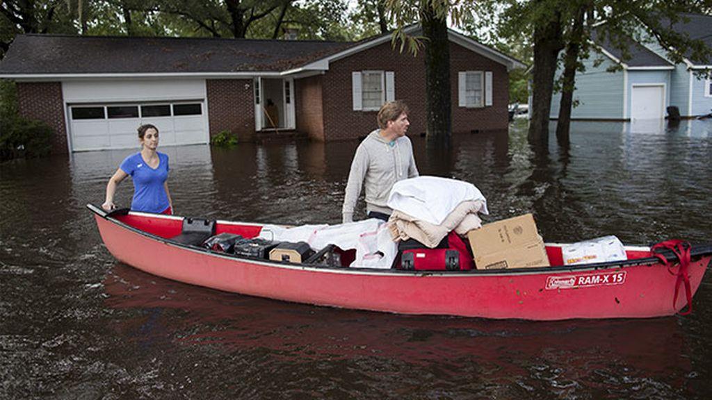 La canoa, el mejor transporte en Carolina del Sur