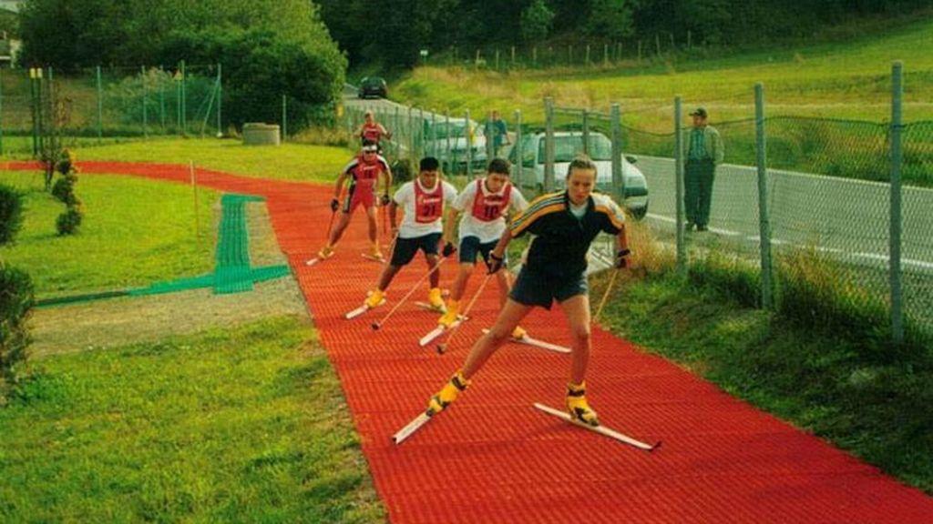Snowboard, competición de saltos, trineos sui generis...