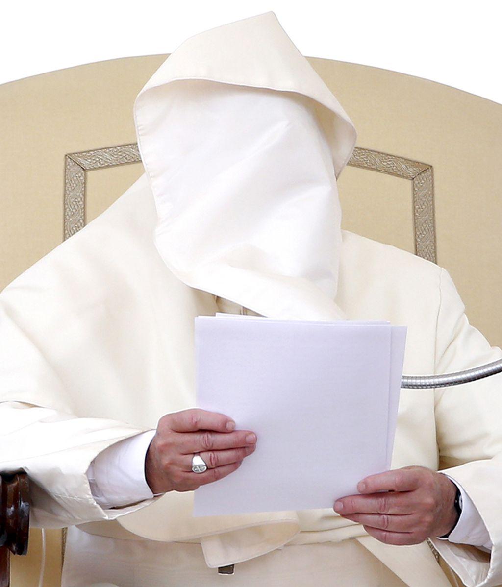 ¡Ni el Papa Francisco se libra!