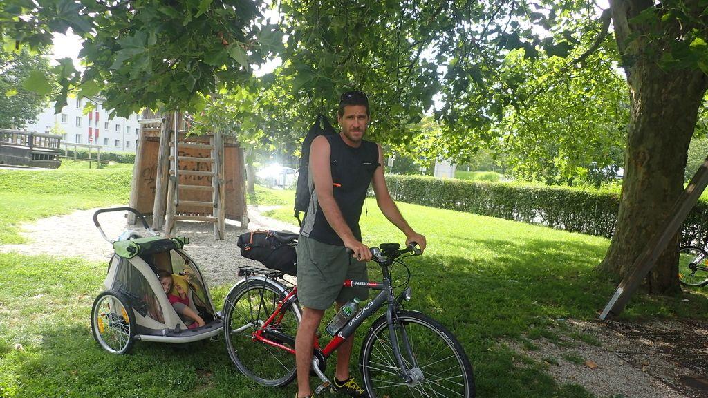 Hilo Moreno con el carrito
