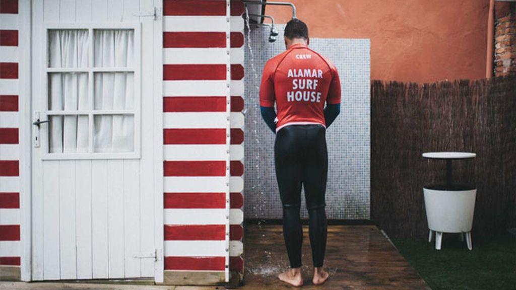 Surf y un poco de historia en Alamar Surf House. Salinas (Cantabria)