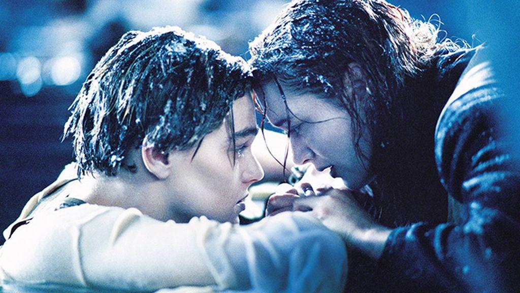 Dedica tus últimas fuerzas al amor, incluso en el agua del Atlántico, como Jack y Rose