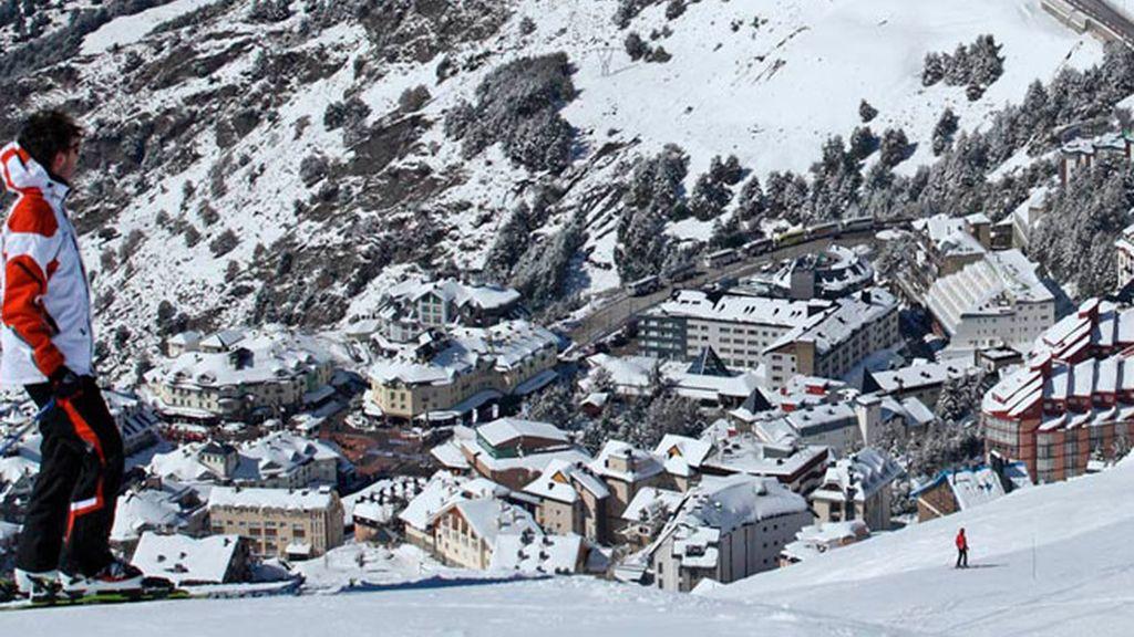 Visita a Granada y esquí en Sierra Nevada