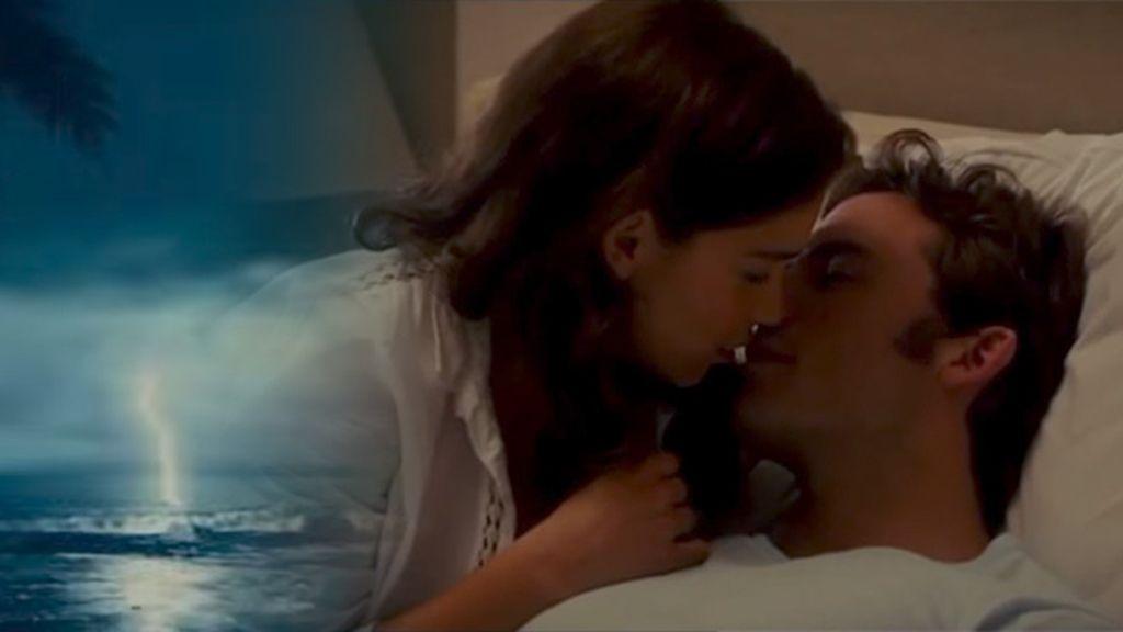 Darte un beso mientras disfrutas de una tormenta, como Lou y Will en 'Yo antes de ti'