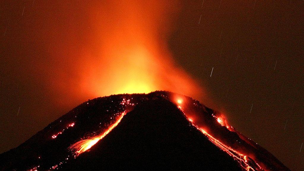 Septiembre, octubre y noviembre, gran período volcánico (Volcán de Colima, México)