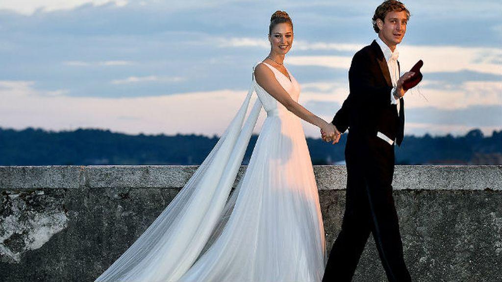 Pierre Casiraghi y Beatrice Borromeo, la lluvia la tiene tomada con los royals