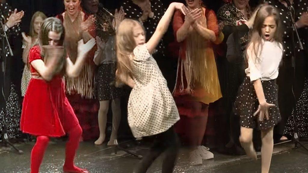 ¿Has visto ya el vídeo viral de las niñas bailaoras? Te contamos más de estas tres miniflamencas