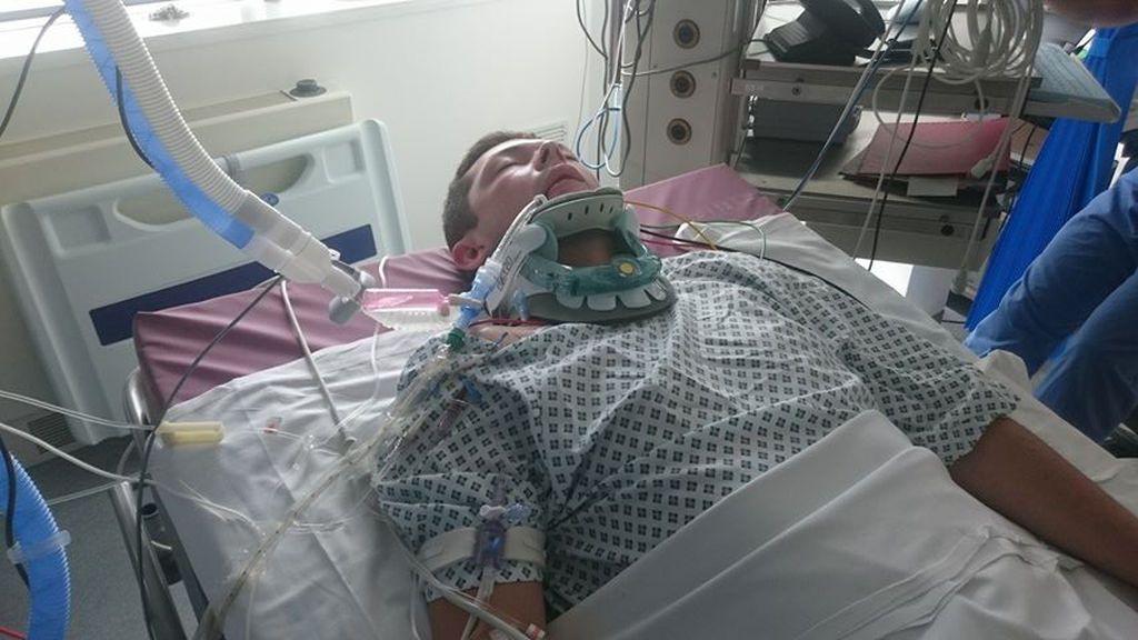 Un joven, a punto de morir tras tomar unas pastillas que compró en el mercado negro