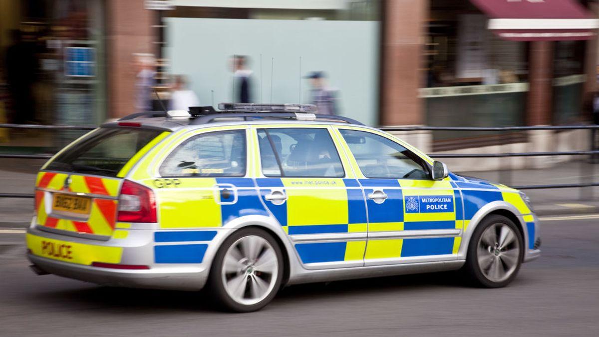 Hallan a una mujer y dos niños muertos en medio de un posible escape de gas en Merseyside